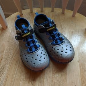 Stride Rite Phibian Shoes